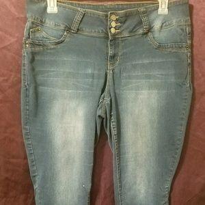 Wannabettabutt YMI Jeans Size 20
